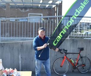 Sykkelsenteret med Per-Ivar og Knut som vanlig på plass!!
